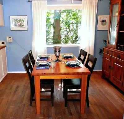 The Dining Room - I was sitting in the first chair on the left, facing the living room