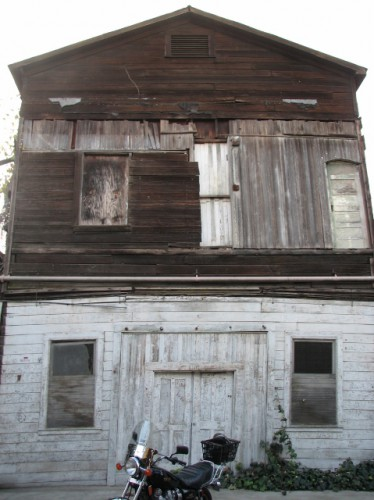 One of the not so well maintained buildings in Locke