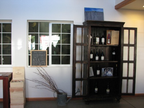 Tin Barn Vineyards Tasting Room