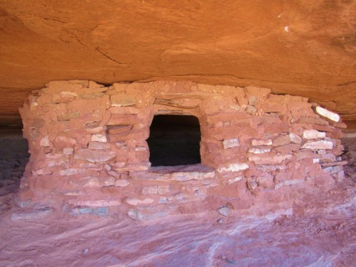 A Puebloan Granary on the Aztec Butte Trail