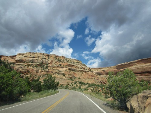 Heading up the Rim Rock Drive