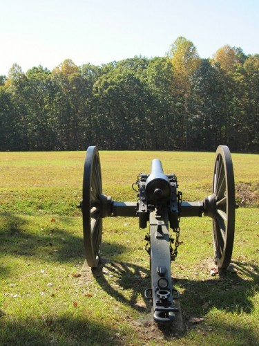 A cannon overlooking the Spotsylvania Court House Battlefield