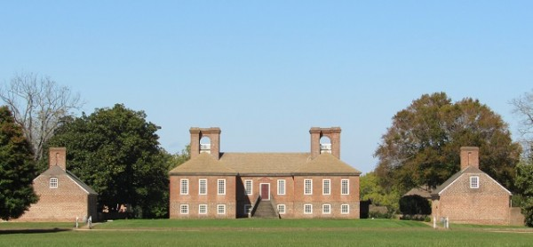The landside of Stratford Hall, with original outbuildings