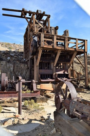 The head frame of the Lost Horse Mine.
