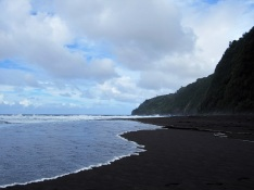 Waipio Valley beach