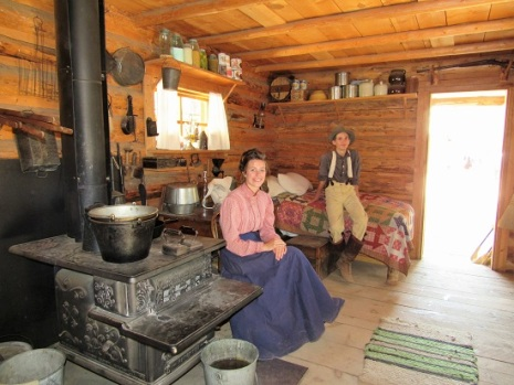 Homestead Cabin, complete with interpretive teenagers