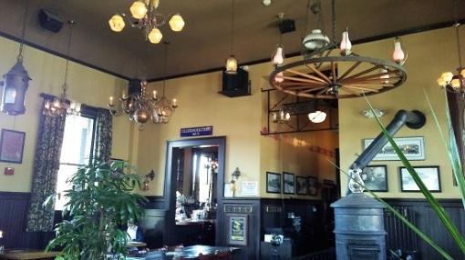 McMenamin's Roseburg Station Pub