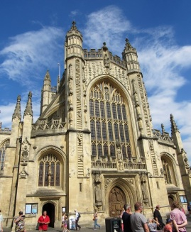 The front of the Bath Abbey