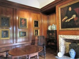Kensington-1600s-Room