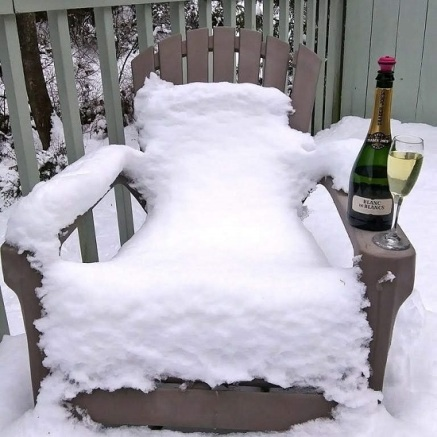 Snow-Chair-Wine
