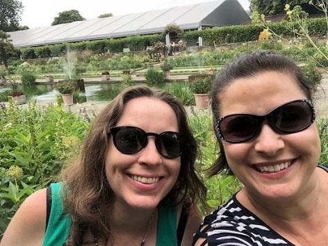 Taryn-Me-Kensington-Gardens
