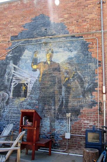 A mural in Roslyn