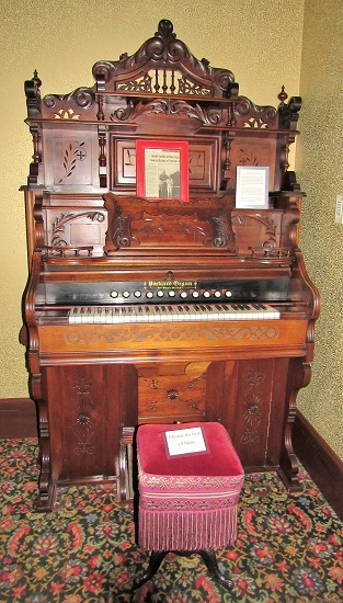Organ in the Sheridan Inn