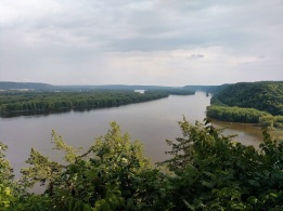 The mighty Mississippi River from Effigy Mounds NM