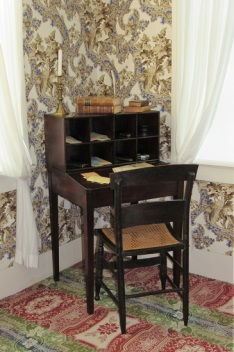 Lincoln's Actual Writing Desk