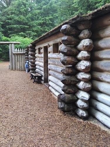 Fort-Clatsop-Wall