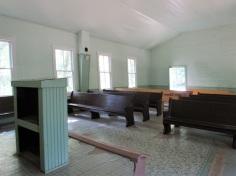 Mammoth-Cave-Church-Interior