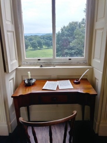 Friendship-Hill-Desk-Nook
