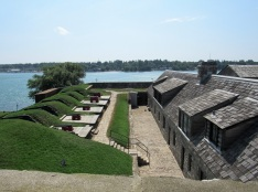 Fort-Niagara-Cannons