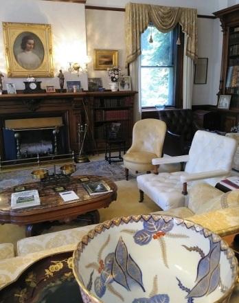 MBR-Living-Room