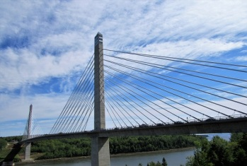 Penobscot-Bridge-Cables
