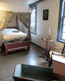 Seven-Gables-Birthplace-Bedroom