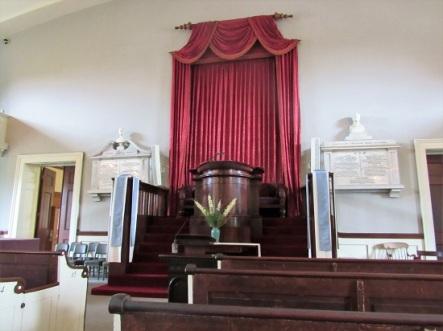 Adams-Church-Pulpit