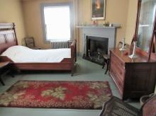 Peace-field-Bedroom
